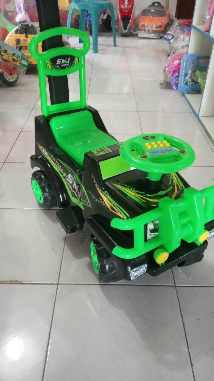 Mobil mainan anak SMJ monster
